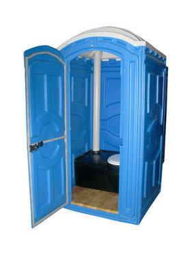 iz-plyazhnogo-tualeta